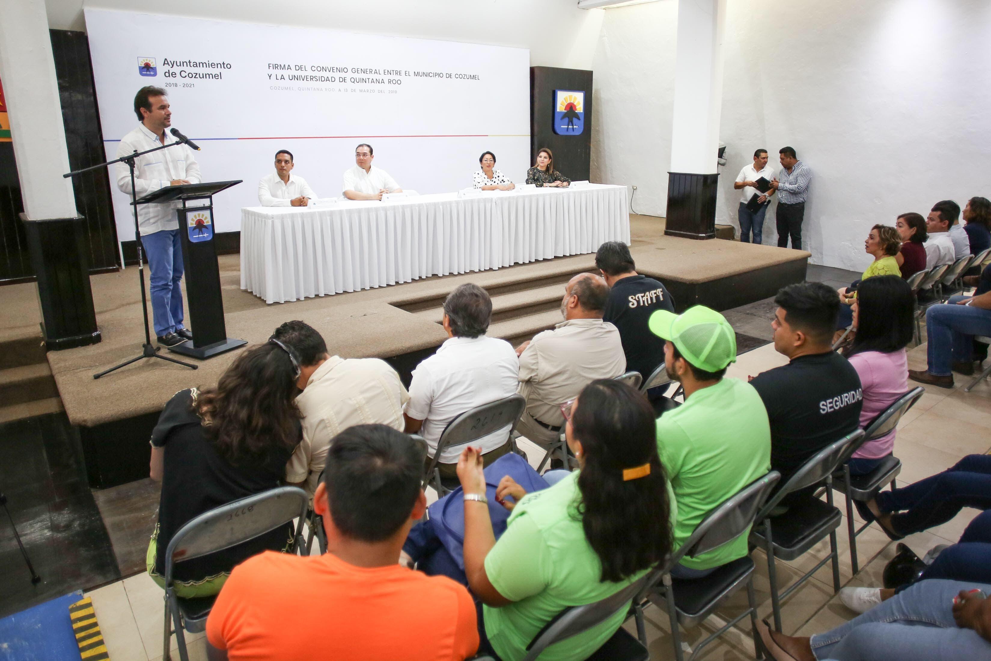 Cozumel tiene centros de estudio e investigación con capacidad y profesionalismo para poner en marcha proyectos en beneficio de la población, sin necesidad de buscar en otros estados: Pedro Joaquín