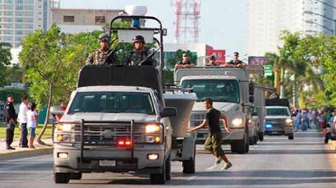Respaldan empresarios presencia del ejército en Quintana Roo