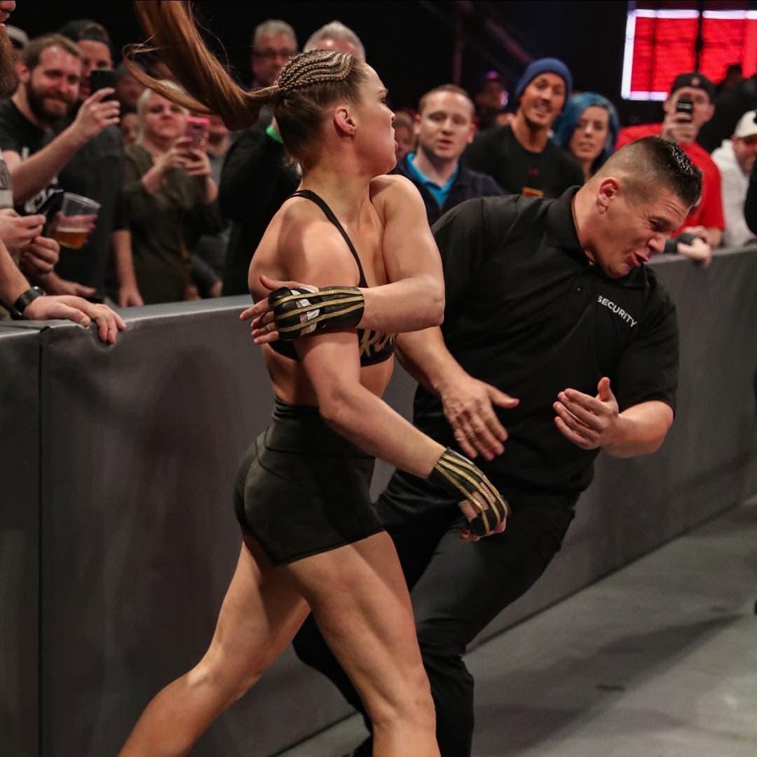 VIDEO: Ronda Rousey rompe el silencio tras golpear a seguridad de WWE