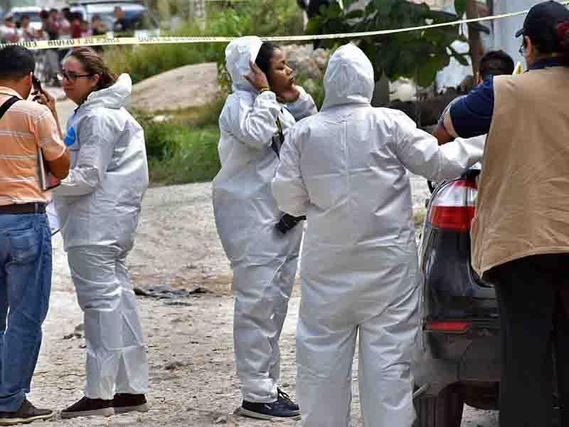 Asesinan a mujer en la región 235