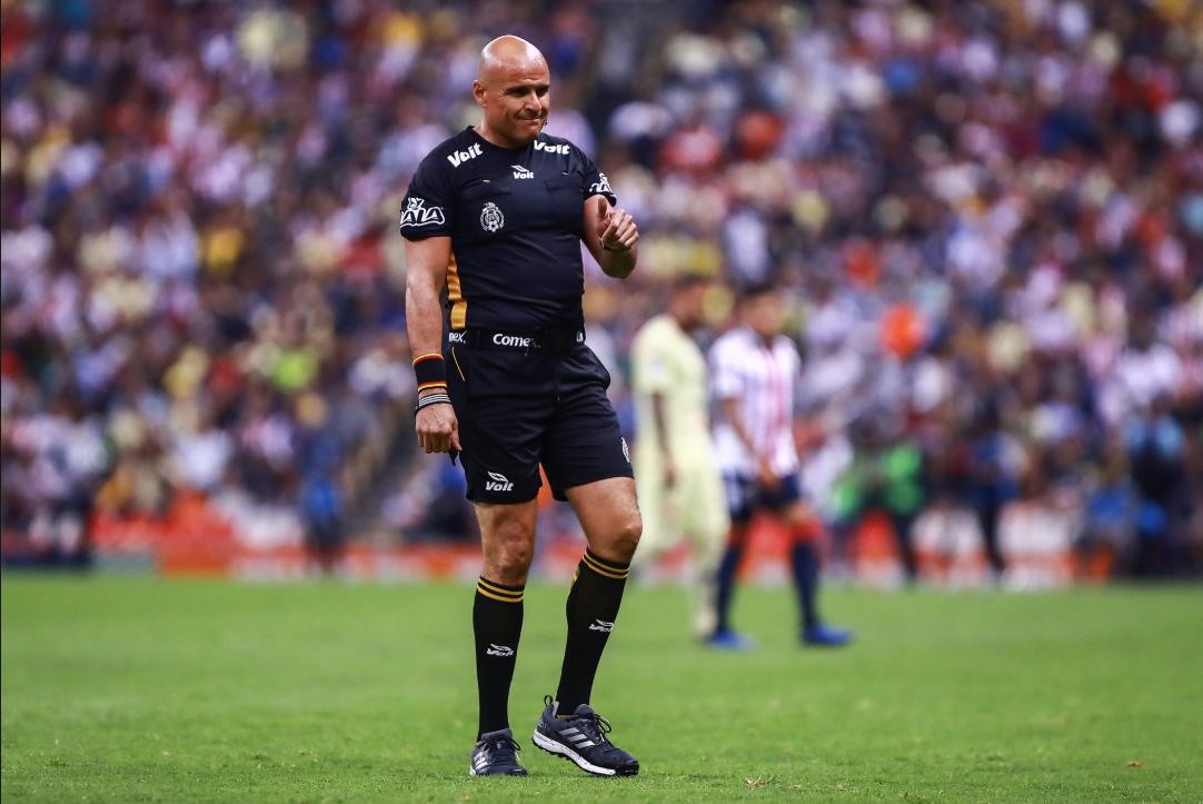 Copa MX: Francisco Chacón se roba los reflectores del Clásico Nacional
