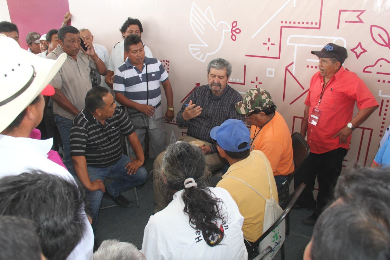 Consulta ciudadana en Felipe Carrillo Puerto, a punto de llegar a los golpes