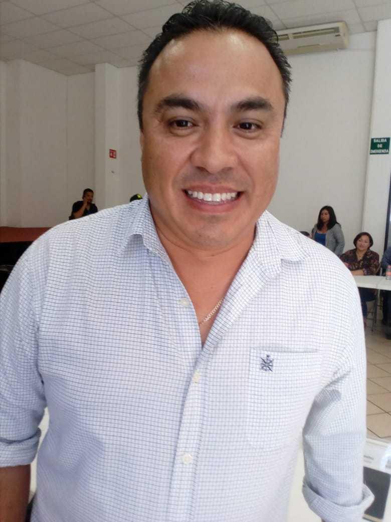 Delegado de Puerto Aventuras, Tomás Flores Benitez
