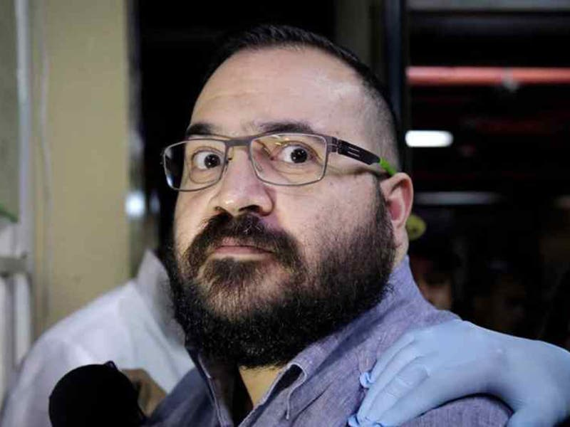 Niegan amparo a Javier Duarte por usar helicóptero