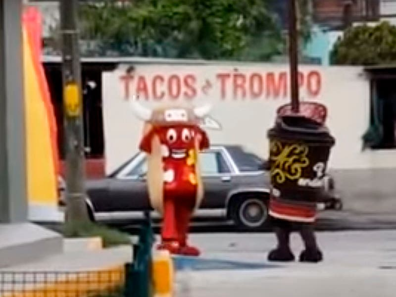 Viral: Hot Dog noquea a un café andatti afuera de un Oxxo