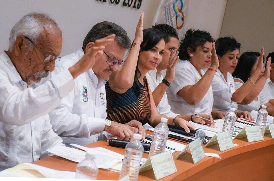 El gobierno de la presidenta municipal Laura Fernández Piña anuncia una prórroga en el tramite de las licencias de funcionamiento hasta el 31 de este mes.
