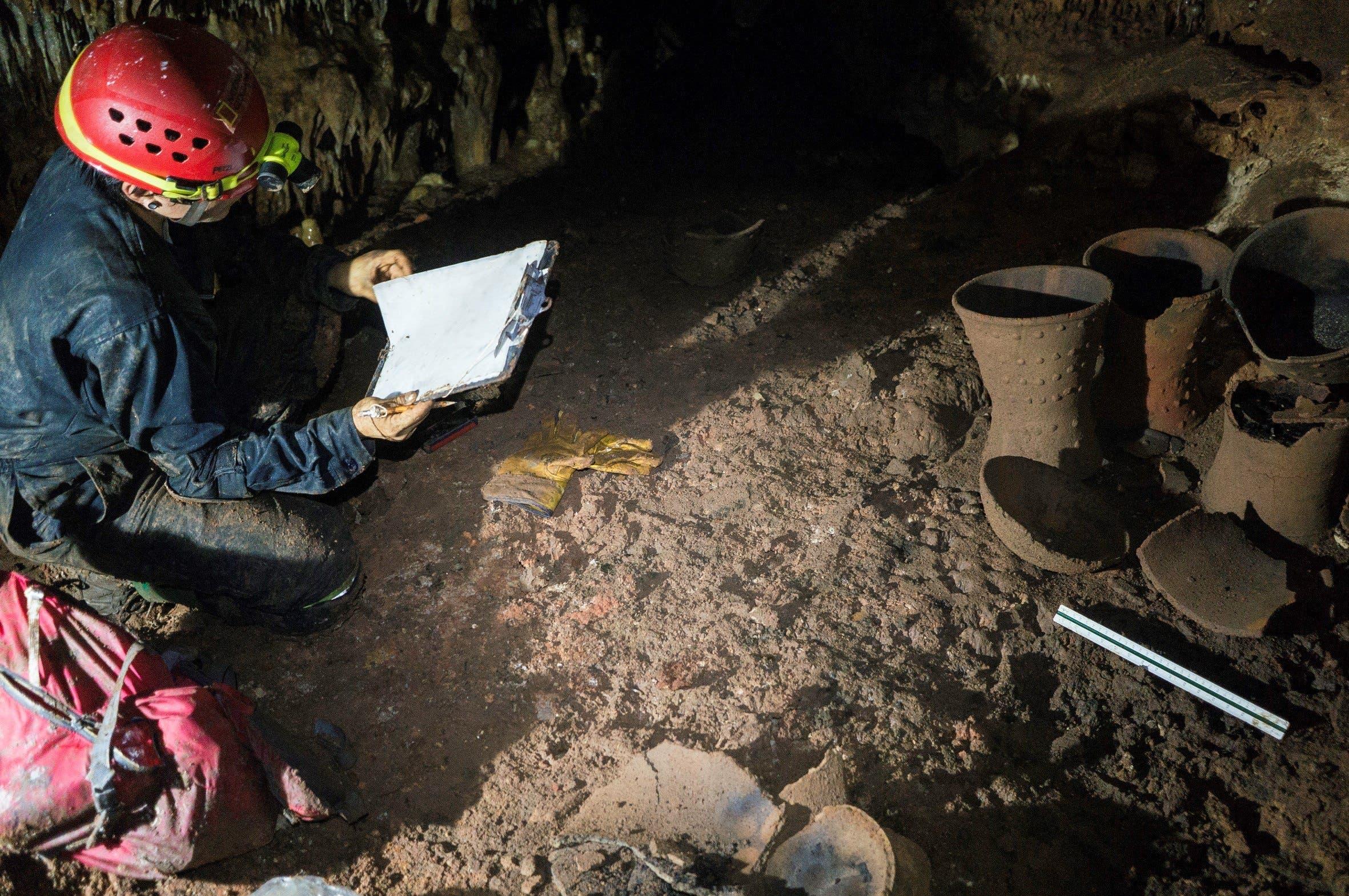 Los materiales serán analizados in situ, con última tecnología de corte no invasivo. También se prepara un mapa elaborado de esa cueva sagrada.