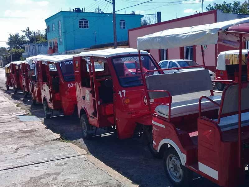 Mototaxistas (2)