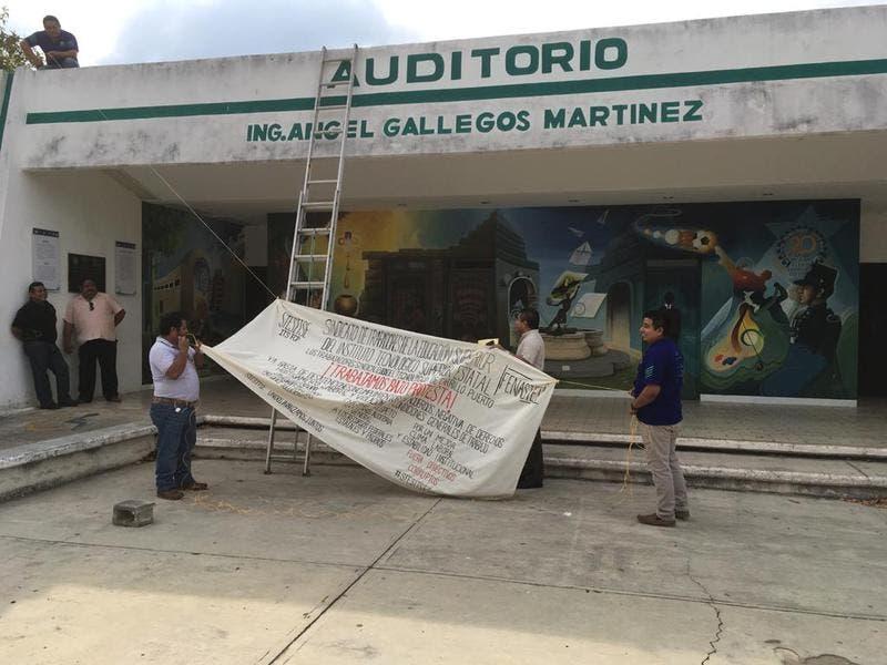 Trabajadores de la Educación del Instituto Tecnológico Superior de Felipe Carrillo Puerto