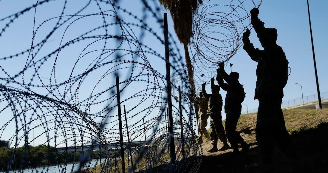 EU puso alambre de púas en la frontera, vecinos se los roban