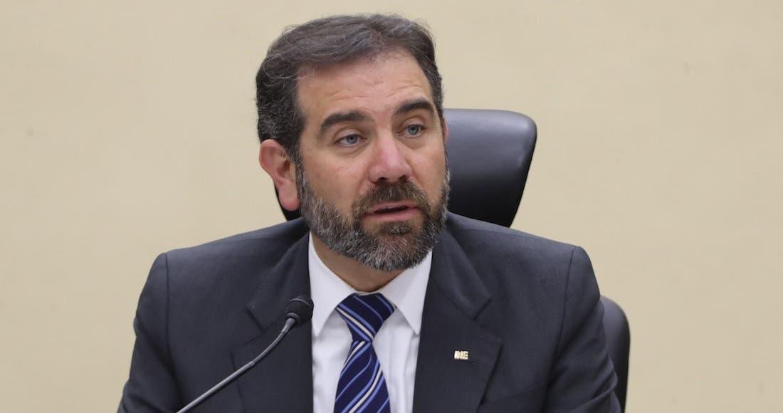 Se aferra titular del INE a su sueldo; obtiene amparo Lorenzo Córdova