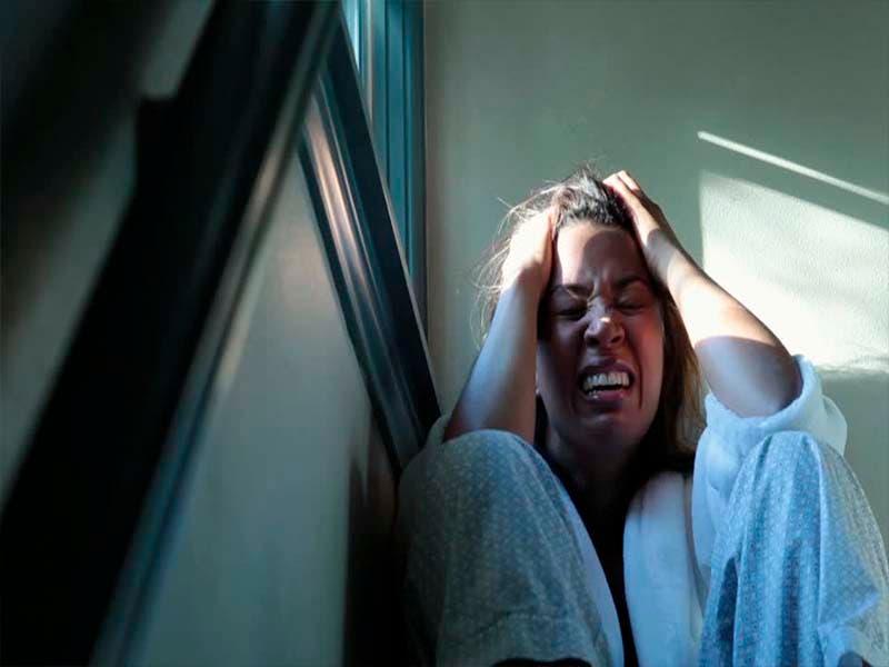 Madre esquizofrénica asesina a sus hijas a balazos