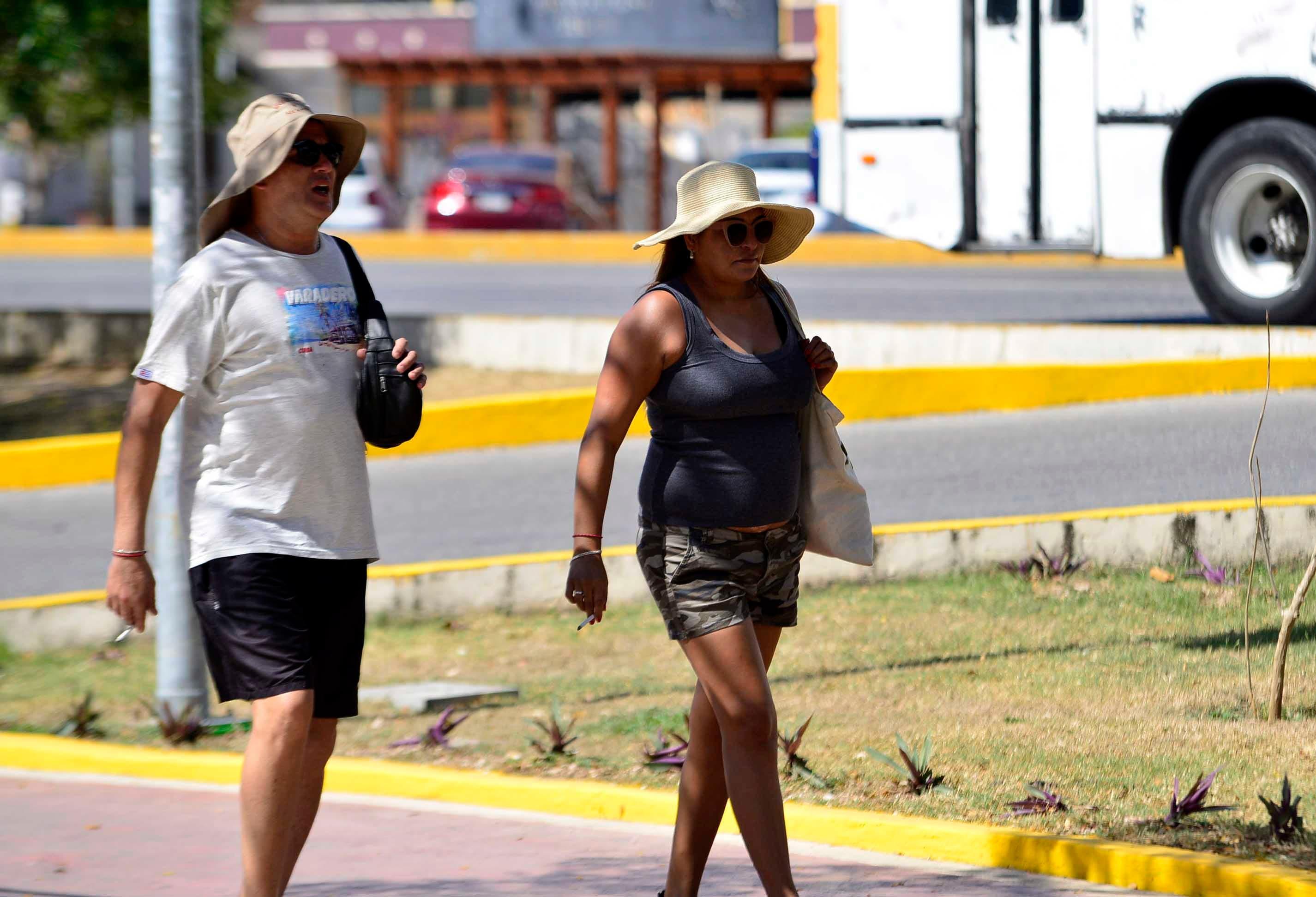 Pronostican calor bochornoso y lluvias en Quintana Roo