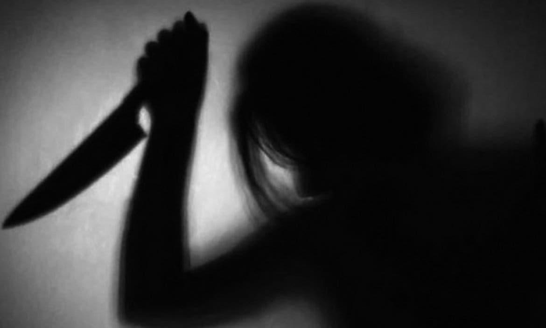 Mujer corta parte íntima a su esposo mientras dormía, muere por celos y presunta infidelidad