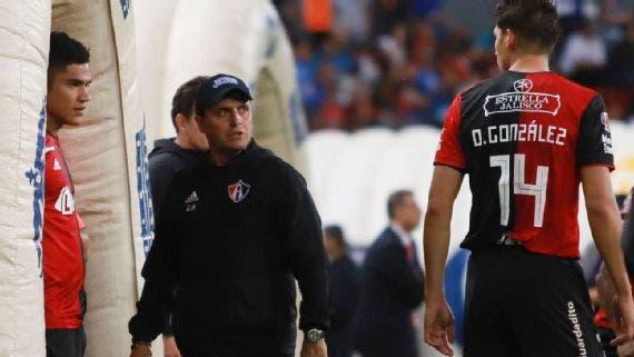 Liga MX: Guillermo Hoyos deja de ser Director Técnico del Atlas