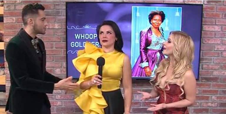 """Vídeo: #LadyMariachi insulta a las mujeres de color al decir """"las negras son muy nacas"""""""