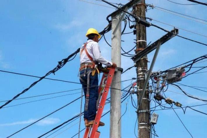De nueva cuenta apagón en Quintana Roo y Yucatán
