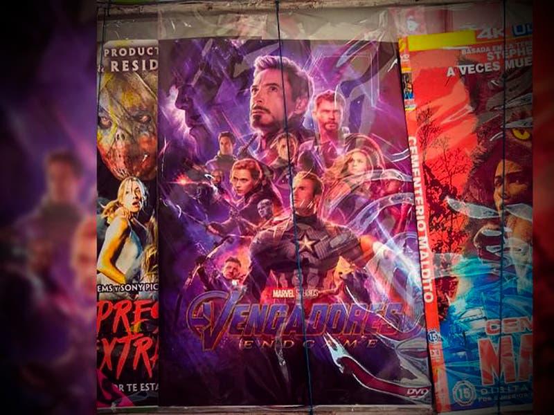 Apenas un día en el cine y los puestos piratas ya venden Avengers: Endgame
