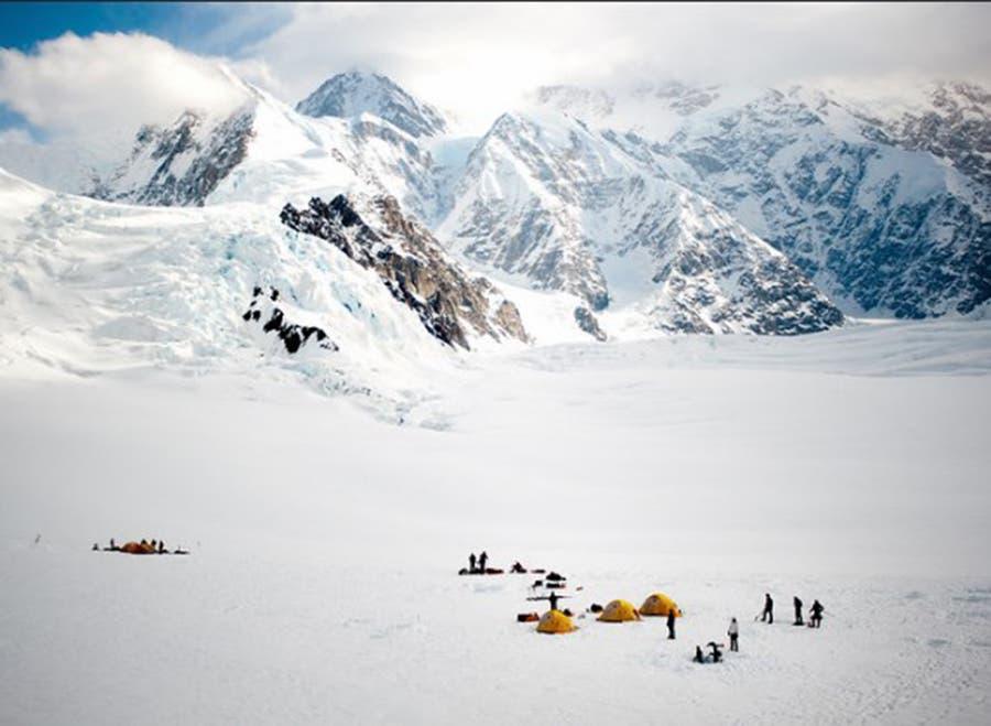 Campamento base en Monte Denali en alaska.