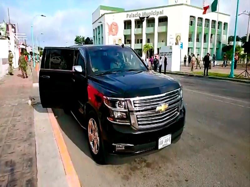 Camioneta en la que viaja el presidente de Othón P. Blanco, es rentada