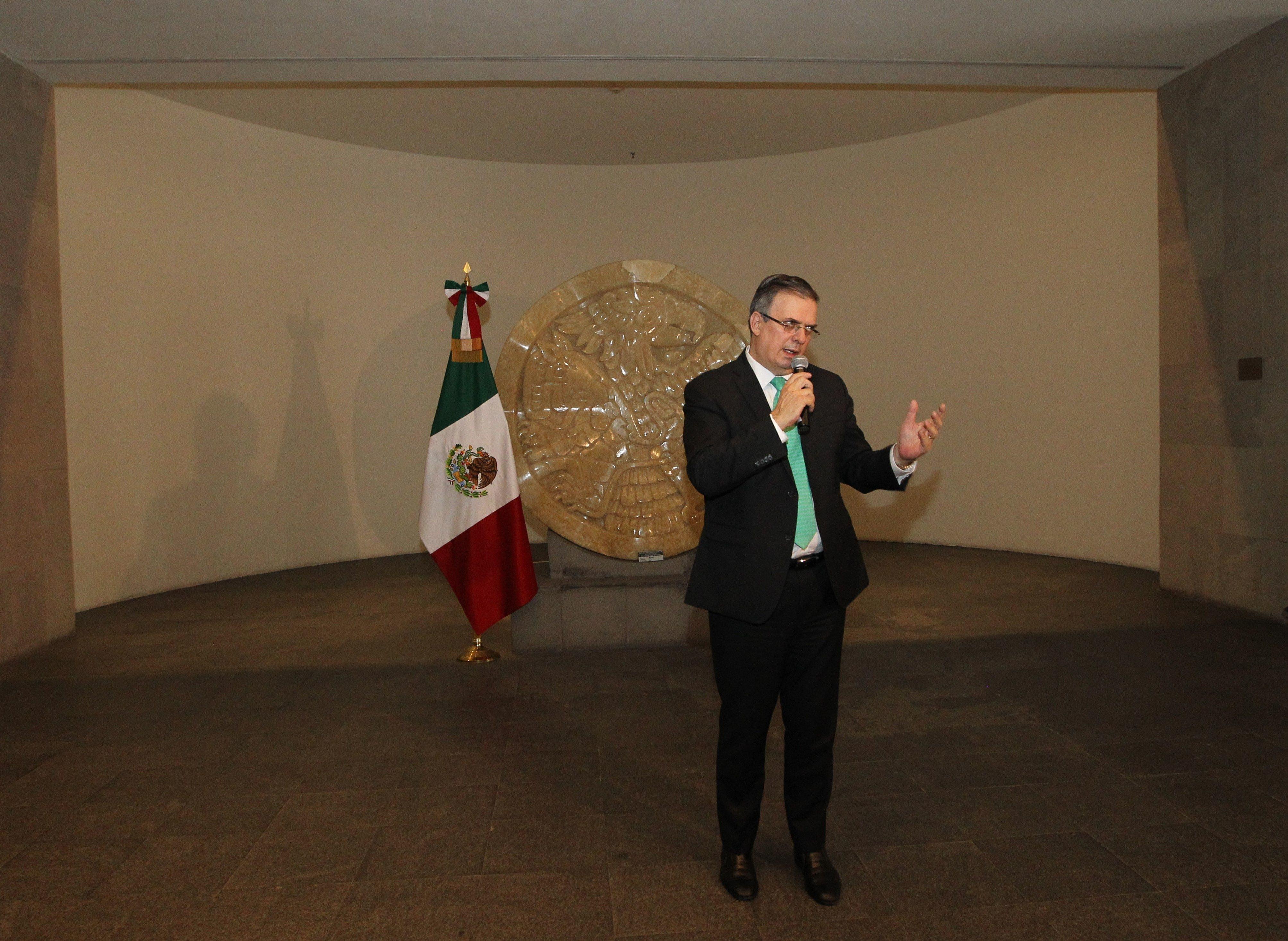Presentaría su renuncia Marcelo Ebrard a AMLO