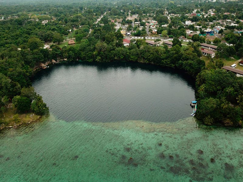 Hallan el cuerpo del turista que ingresó al ´Cenote de la Bruja´ en Bacalar