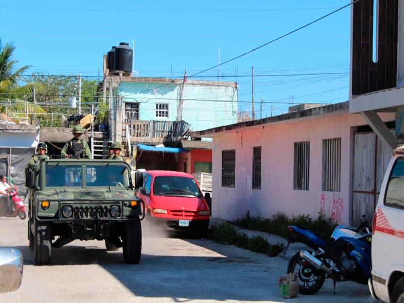Decomisan droga y detienen a dos sujetos en Cozumel