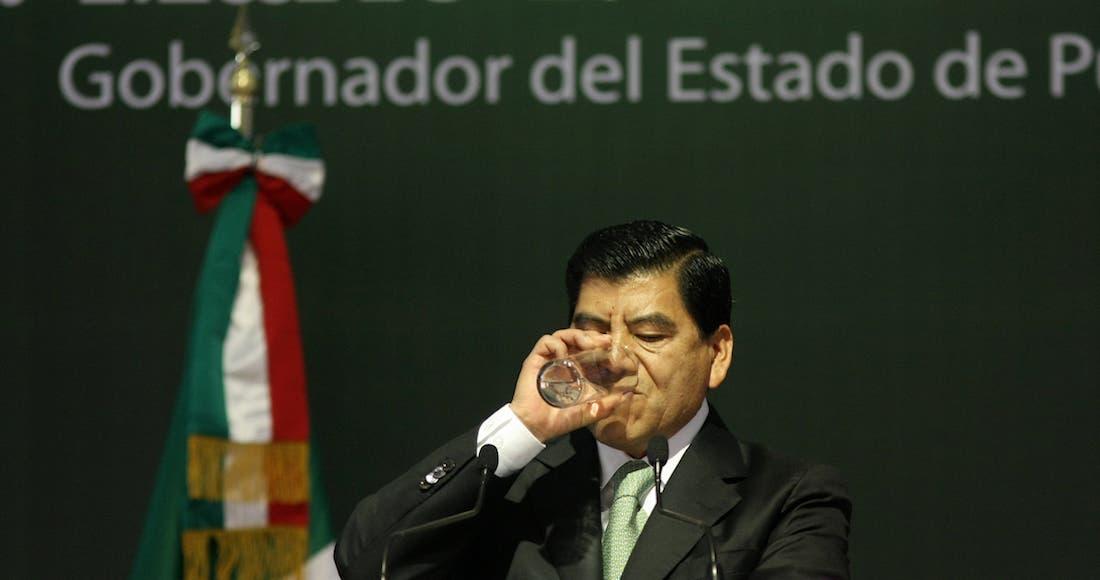 """Giran orden de aprehensión contra el """"gober precioso"""" por el caso Lydia Cacho"""