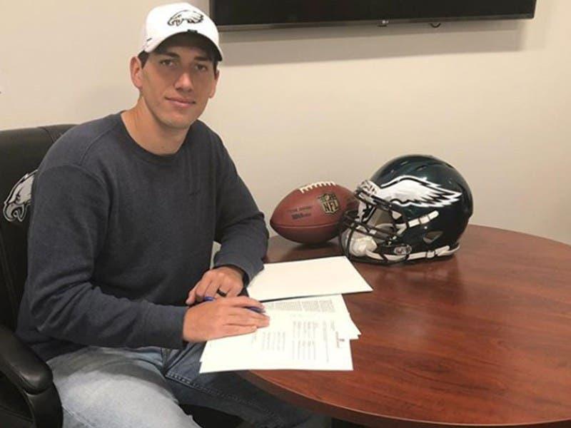 NFL: Luis Pérez, el mariscal que firmó con Philadelphia Eagles
