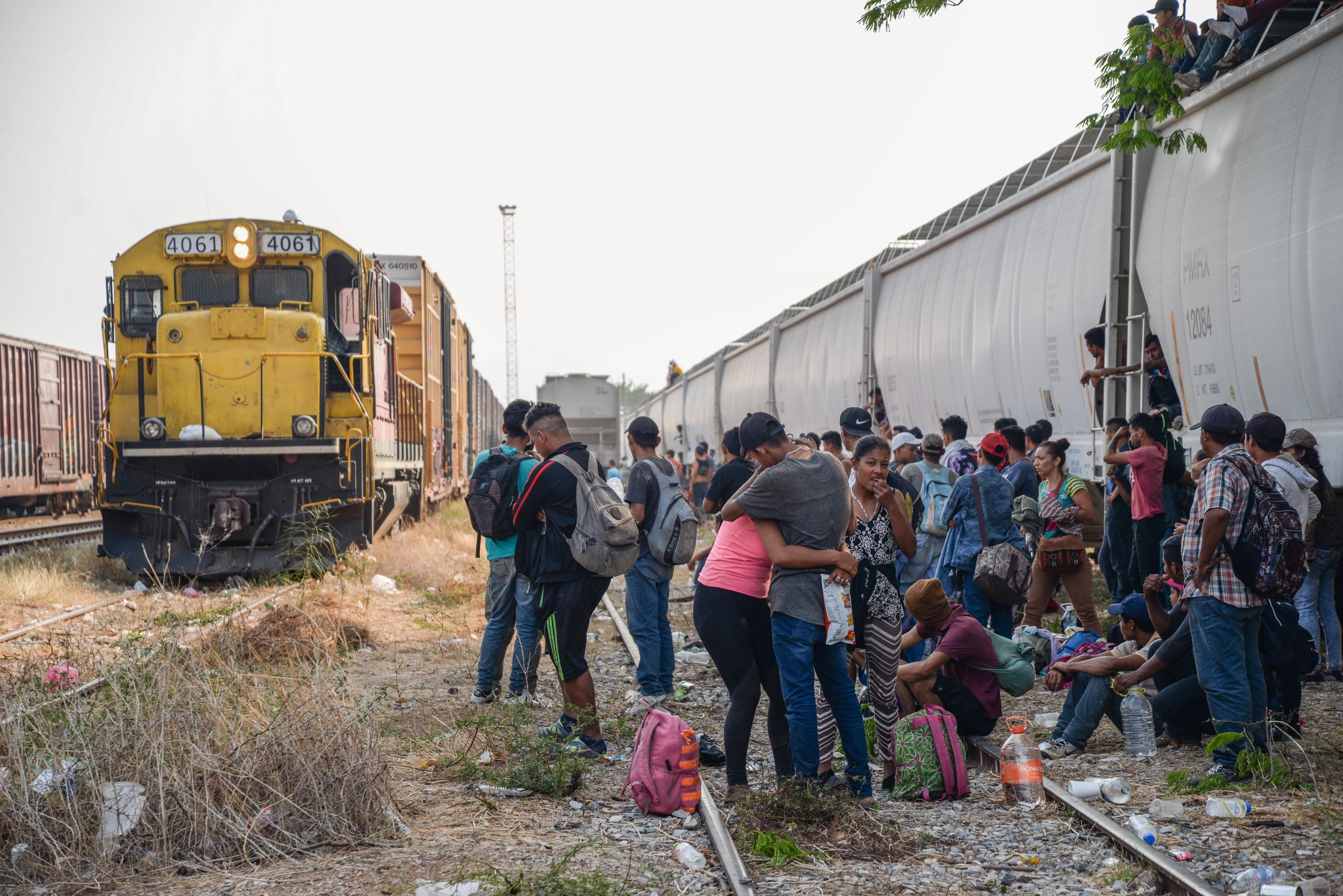 Dona Papa Francisco recursos para migrantes en México