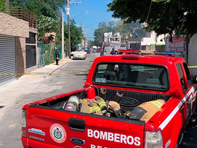 Se incendia terreno en Playa del Carmen