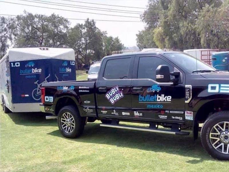 Roban camioneta con 80 bicicletas del Challenge Cancún 2019