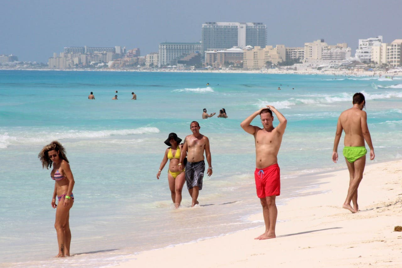 Cerca de 1.3 millones de turistas visitarán Quintana Roo en Semana Santa
