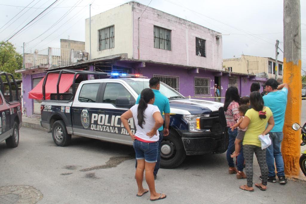 Autoridades acudieron para acordonar la zona y realizar las investigaciones correspondientes