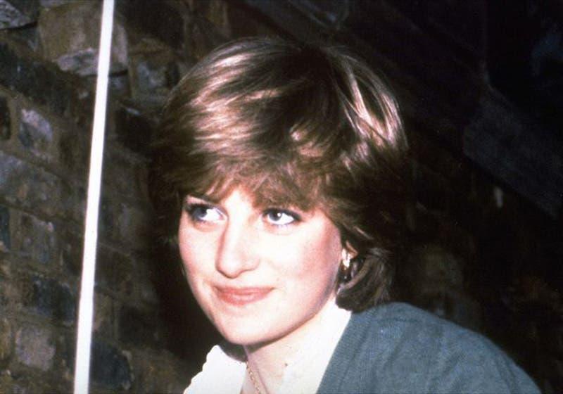 Emma Corrin será la encargada de interpretar a Diana de Gales en la cuarta temporada de la serie 'The Crown'