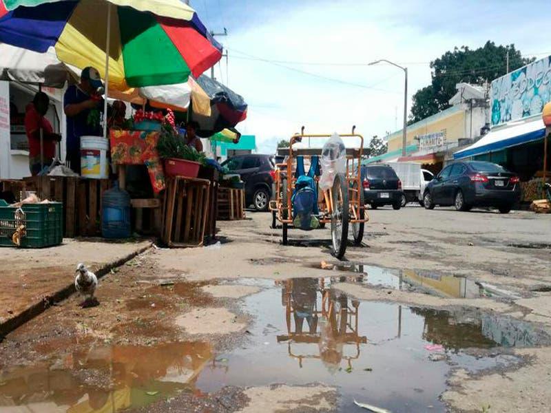 Colapsa el alcantarillado del mercado Ignacio Manuel de Chetumal