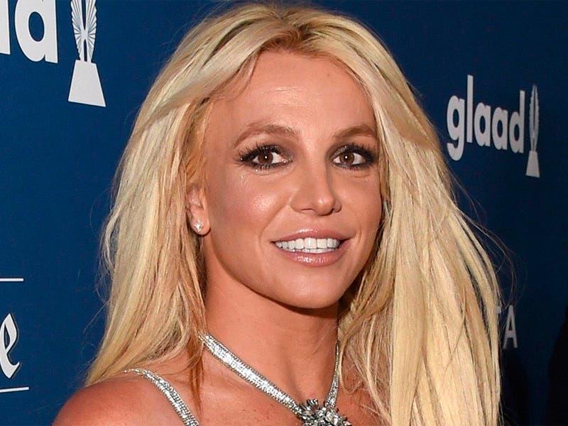 Britney Spears impresionante tras el psiquiátrico