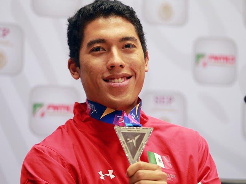 Cancunense, Carlos Sansores, habla de la medalla de plata en Manchester