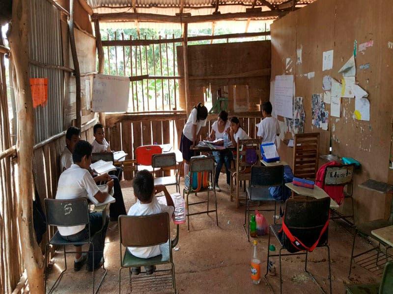 Buscan docentes para brindar servicio educativo en localidades rurales