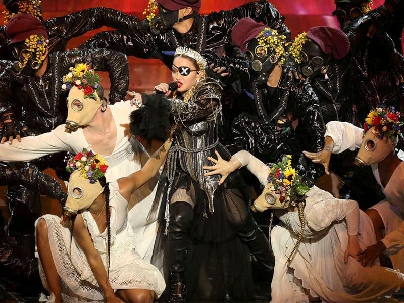 Los gallos de Madonna en Eurovisión 2019