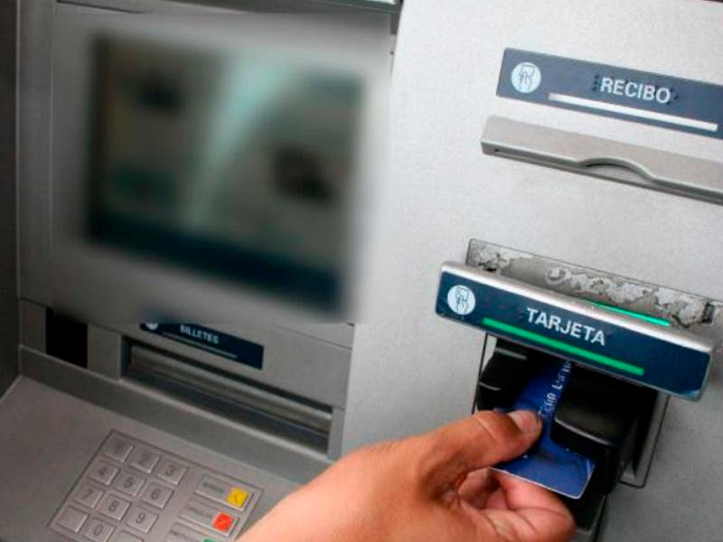 Alertan sobre nuevo ´modus operandi´ en cajeros automáticos de Cancún