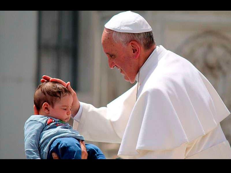 El Papa: aborto es igual a 'contratar a un sicario'