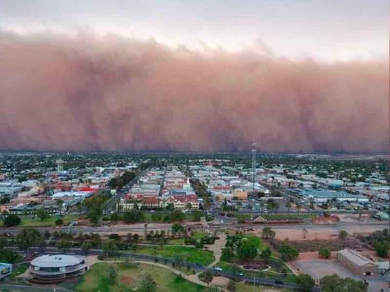 Video: ¡TERROR en Australia!, tormenta de arena oscurece el día