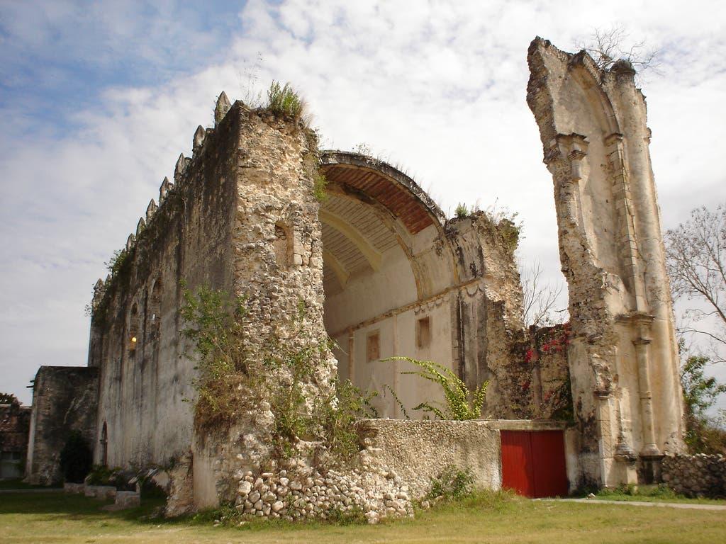 Tihosuco, del municipio de Felipe Carrillo Puerto como Zona de Monumentos Históricos en el país.