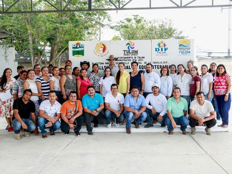 Capacitan a personal del Centro de Equinoterapia del Sistema DIF Municipal de Tulum