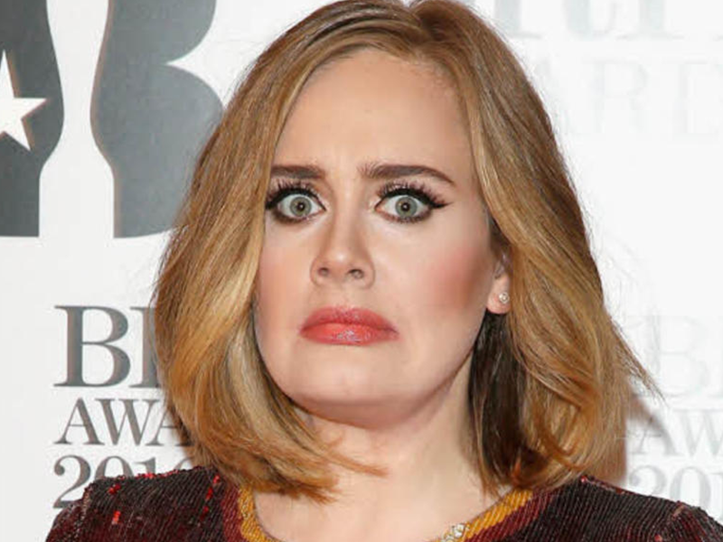 Captan a Adele en situación comprometedora con un hombre parecido a su ex esposo
