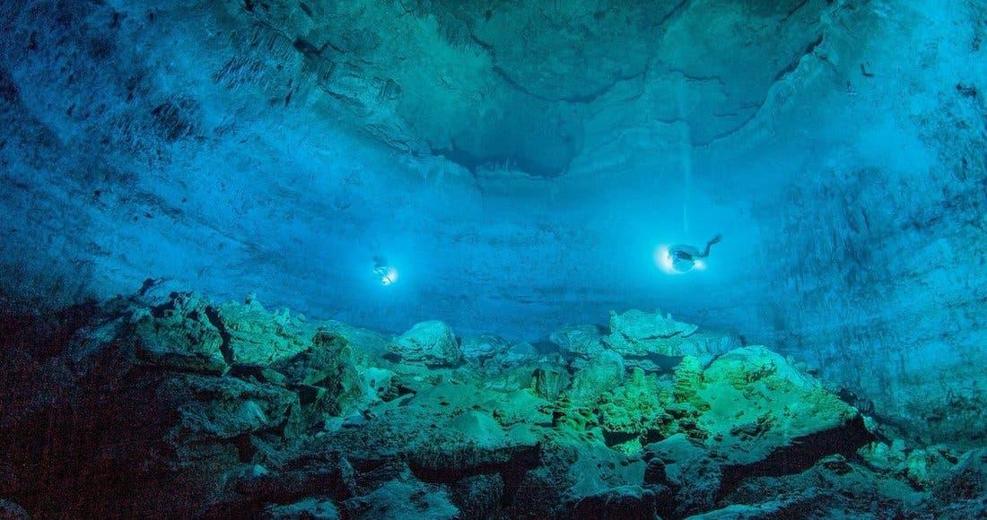 Descubren restos humanos y de animales prehistóricos en Cenote de Yucatán