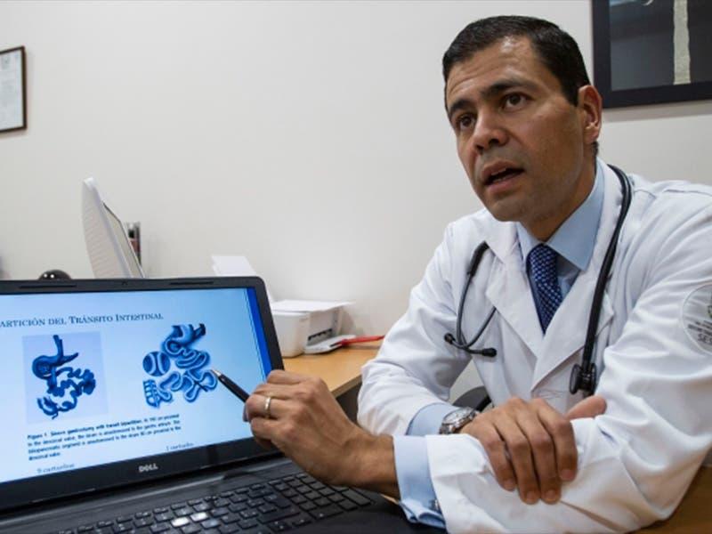 Médico mexicano realiza cirugía para eliminar diabetes