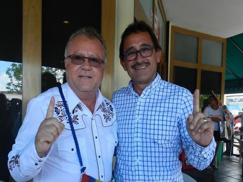 """Declina de facto Roberto Martínez a favor del proyecto social del """"Indio Blanco"""""""
