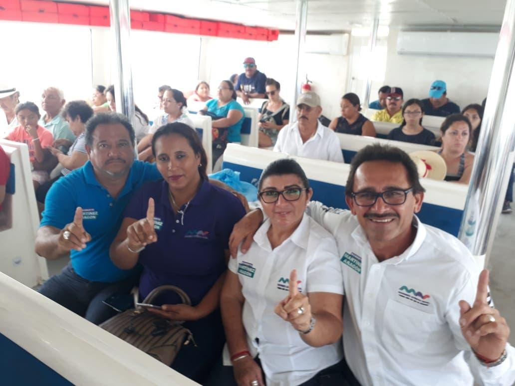 Piden isleños ayuda a Roberto Martínez, para resolver problemas añejos en Holbox